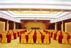 清遠新銀盞溫泉拓展訓練基地-豪華會議室
