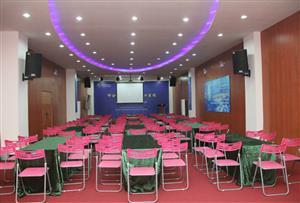 廣州白云李陽教育集團拓展訓練基地-國際廳會議室