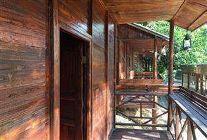 廣州花都比奇軍事主題園拓展訓練基地-基地山頂標雙木屋客房
