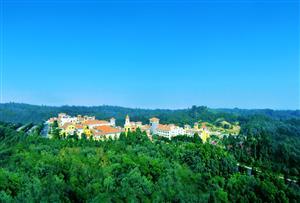 佛山三水綠湖溫泉拓展訓練基地_洋溢加州風情美韻的五星級標準酒店拓展基地