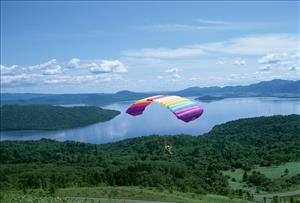 滑翔伞拓展项目